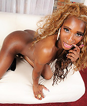 Ariel mandingo. Black beauty Ariel poses & jerks