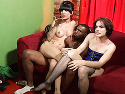 Brianna lane bts. Behind the scenes with Brianna & Kelly